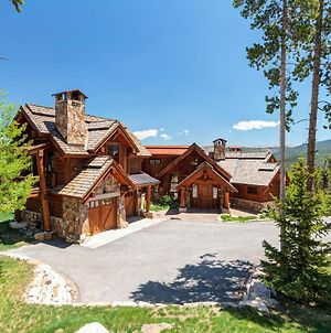 Fox Paw Lodge Luxury Ski In Out Chalet With Peak 8 Views photos Exterior