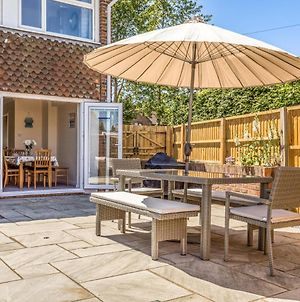 Pass The Keys 3 Bedroom Cottage In The Heart Of Beautiful Bosham photos Exterior