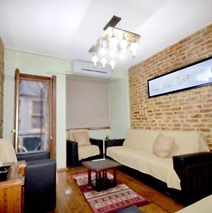 Stylish Renovated Apartment At The Heart Of Taksim photos Exterior