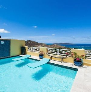 Splash Of Lime - Private Hilltop Pool Oasis! photos Exterior