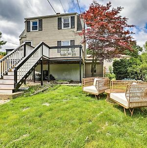 Charming Cottage With Deck Less Than 2 Mi To Beach! photos Exterior