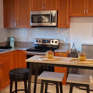 Private Condo With Private Entrance, 8 Min From The Beach photos Exterior