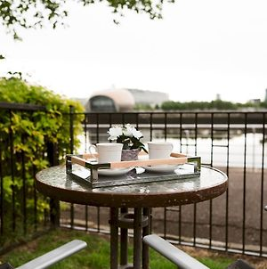 Pass The Keys Townhouse Overlooking The River Clyde, Sleeps 10 photos Exterior