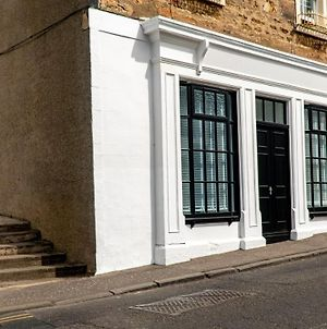 The Old Paint Shop Apartment - Centrally Situated photos Exterior