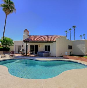 Super Private Backyard With Putting Green Private Pool & Spa photos Exterior
