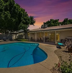 Tempe Remodel W Sparkling Pool And Game Room photos Exterior