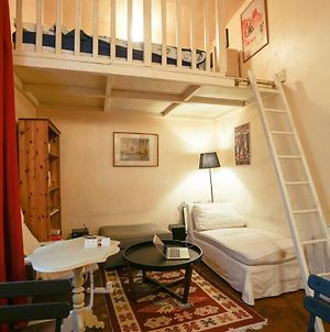 Charming Accommodation In The Heart Of The Marais photos Exterior