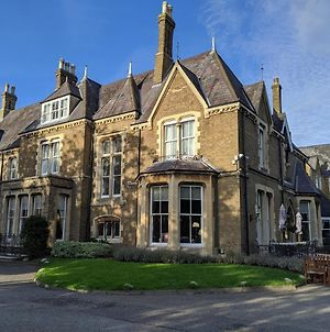 Cotswold Lodge Hotel photos Exterior