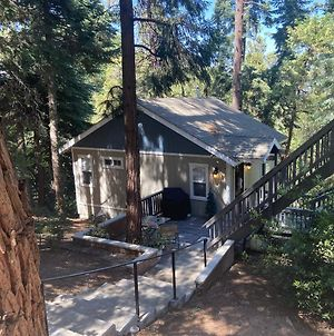 Beautiful Guesthouse In Crestline photos Exterior