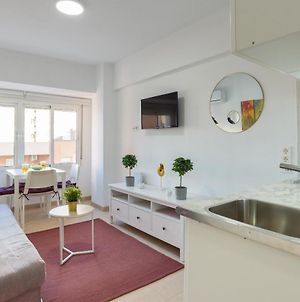 Mp7 Renovated Apartment Right On The Beach 700 Meters Away From Old Town photos Exterior