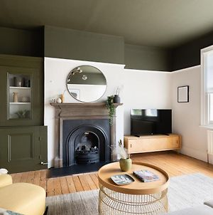 The Heart Of Balham - Modern & Bright 2Bdr Apartment With Terrace photos Exterior