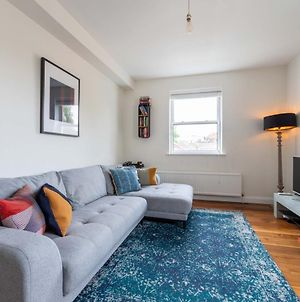 Pass The Keys Bright 1Bed Flat In Trendy Peckham With Free Parking photos Exterior