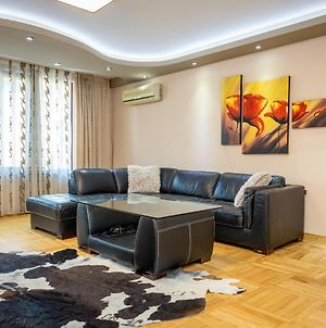 Luxury 2Bd Flat With Top Central Location photos Exterior