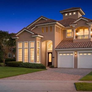 Upscale 7 Bdrm Oasis With Home Theater At Reunion photos Exterior