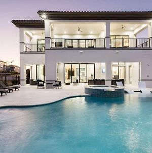 Deluxe 8 Bdrm Mansion With Swim Up Bar And Pool Slide At Reunion photos Exterior