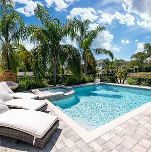 Bright Modern 6 Bdrm Home With Pool At Encore photos Exterior
