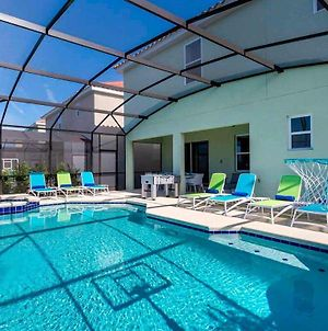 Modern 10 Bdrm Home With Private Pool And Spa In Solterra photos Exterior