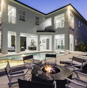 Chic 6 Bdrm Estate With Movie Theater And Game Room At Reunion photos Exterior