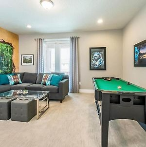 Colorful 6 Bdrm Retreat With Large Private Yard At Encore photos Exterior