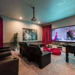 Modern 5 Bdrm Retreat With Personal Home Theater At Reunion photos Exterior
