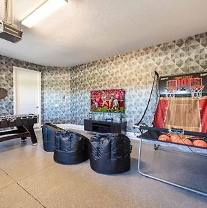 Artistic 6 Bdrm Home With Games Room At Encore photos Exterior