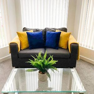 Deluxe Large One Bedroom Apartment In Liverpool photos Exterior