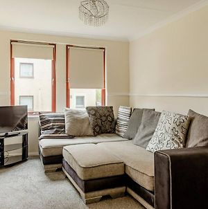 Beautiful 2-Bed Apartment In Aberdeen - Perfect! photos Exterior