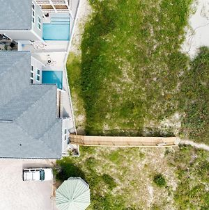 Isle Oasis Oceanfront Private Pool Private Beach Access Holden Beach photos Exterior