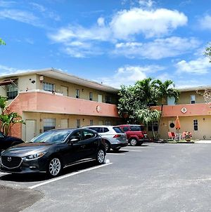 Cozy Stay At Wilton Manors By Angel Host photos Exterior