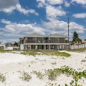 Charming Beach Front Cottage With Stunning Unset Views Pets Are Welcome Here Bella11 photos Exterior