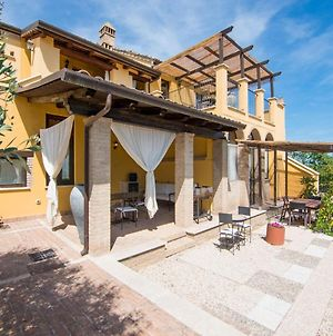 Captivating Apartment In Ascoli Piceno With Jacuzzi photos Exterior