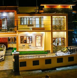 F Posh 3 Bhk In First Floor At Belljem Homes photos Exterior