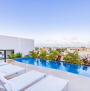 Brand New Cozy Studio With Roof Pool In The Hip Side Of Playa! photos Exterior