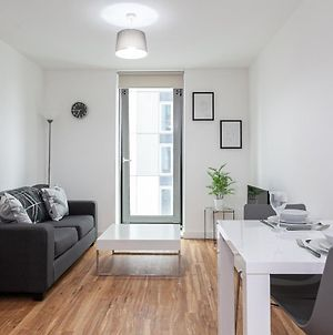 A Modern And Trendy 1 Bed Apartment In Media City photos Exterior