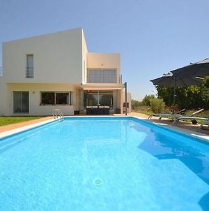 Recently Built Country House In A Minimalist Style, Private Pool Detached photos Exterior