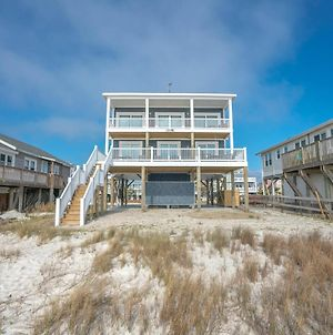 Amazing Oceanfront Property With An Inverted And Open Floor Plan photos Exterior
