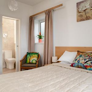 Torland Seafront Hotel - All Rooms En-Suite, Free Parking, Wifi photos Exterior