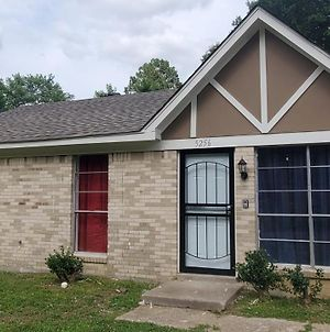 Newly Remodeled Economical 3Br Sleeps 12 photos Exterior