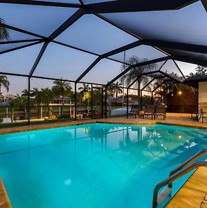 Villa Admiral'S Retreat - Southern Exposure, Direct Gulf Access, Bikes, Kayak, And Heated Pool! photos Exterior