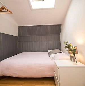 Lovely Bricklane Stay For 8 F4W photos Exterior