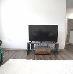 Furnished Two Bedroom Apartment Ideal Location In Atlanta photos Exterior