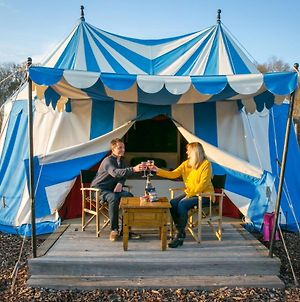 Knights Glamping At Leeds Castle photos Exterior