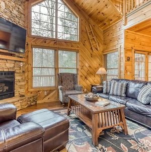 Escape To The Smoky Mountains To A 3 Bedroom With Hot Tub photos Exterior