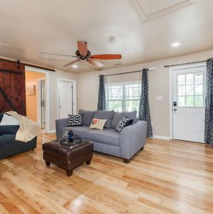 Renovated Mellow Yellow Suite A Near Dt Waxhaw photos Exterior