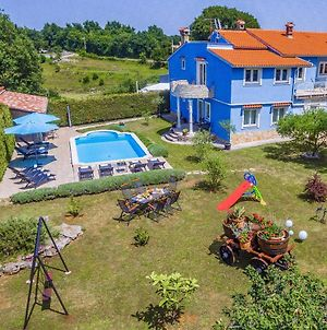Villa Rampini - 300M2 Istria House With A Pool, Playground, Grill, Garden & Private Parking photos Exterior