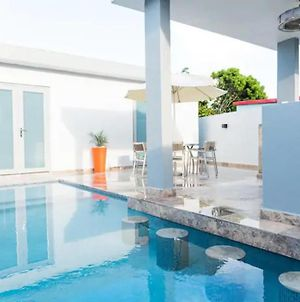 Valeka Suite-Private Heated Pool, 4M Walk To Beach photos Exterior