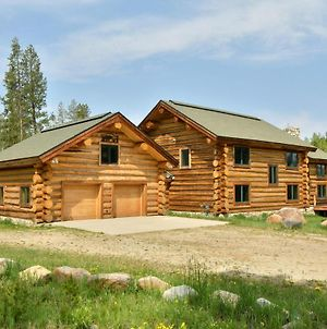 Ranch Creek Luxury Log Home, Hot Tub & Great Views - Free Activities & Equipment Rentals Daily photos Exterior