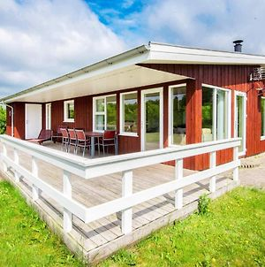 Three-Bedroom Holiday Home In Hovborg 2 photos Exterior