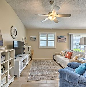 Pet-Friendly Pad With Porch In The Villages! photos Exterior