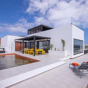 Mansion With Heated Pool - Jacuzzi photos Exterior